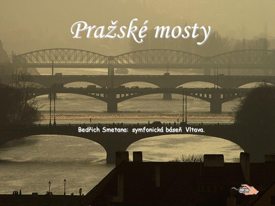 Karlův most je osmým mostem přes Vltavu na území města Prahy Předchůdci Karlova mostu : v místě mostu býval nejprve přechod přes svázané klády, tzv.