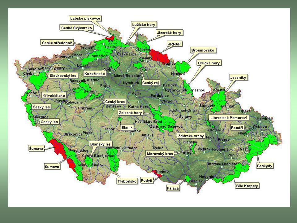 Maloplošná zvláště chráněná území Národní přírodní rezervace – NPR Přírodní rezervace – PR Národní přírodní památky – NPP Přírodní památky – PP