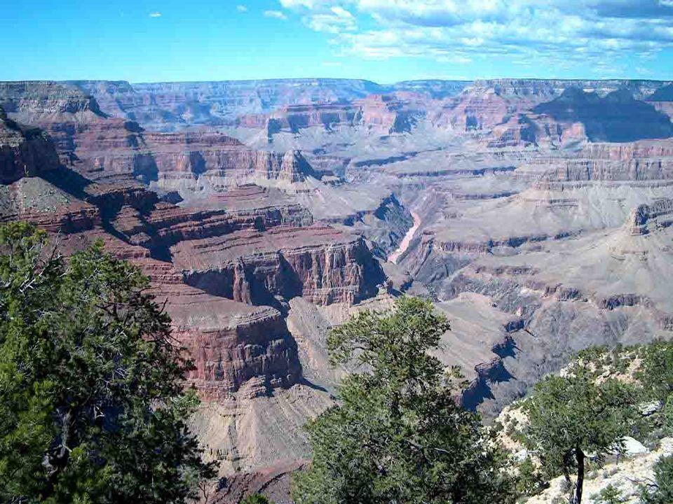 NÁRODNÍ PARK GRAND CANYON (Arizona) Zřejmě největší přírodní atrakcí USA je velký kaňon Colorada dlouhý asi 445 km a široký 6-30 km. V několika místec