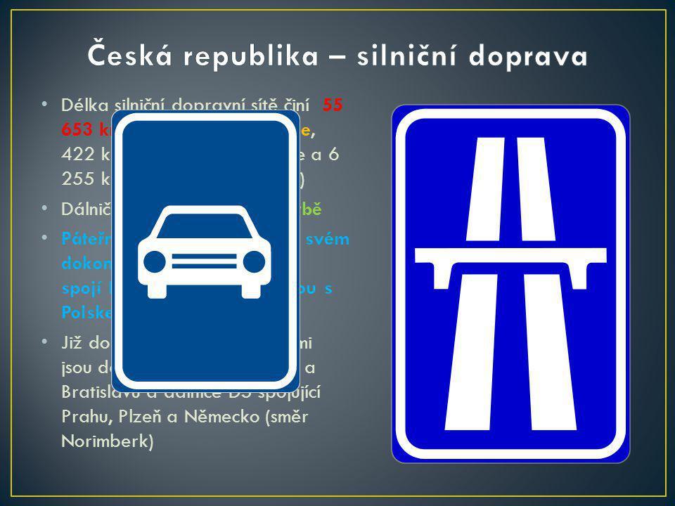 Délka silniční dopravní sítě činí 55 653 km, 734 km tvoří dálnice, 422 km rychlostní komunikace a 6 255 km silnice 1.