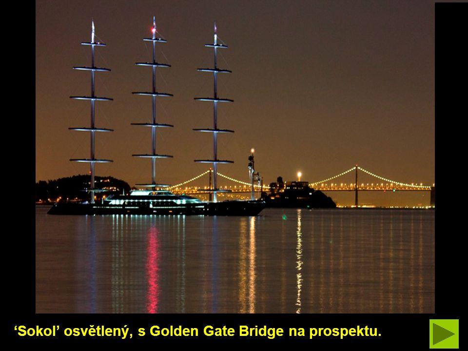 Příslušenství: dva 32 pevné nafukovací čluny; 6 plachetnic; 14 tažných člunů; 2 kajaky; wakeboard; 6 potápěčských souprav; vodní lyže; šnorkly; a ponorka.