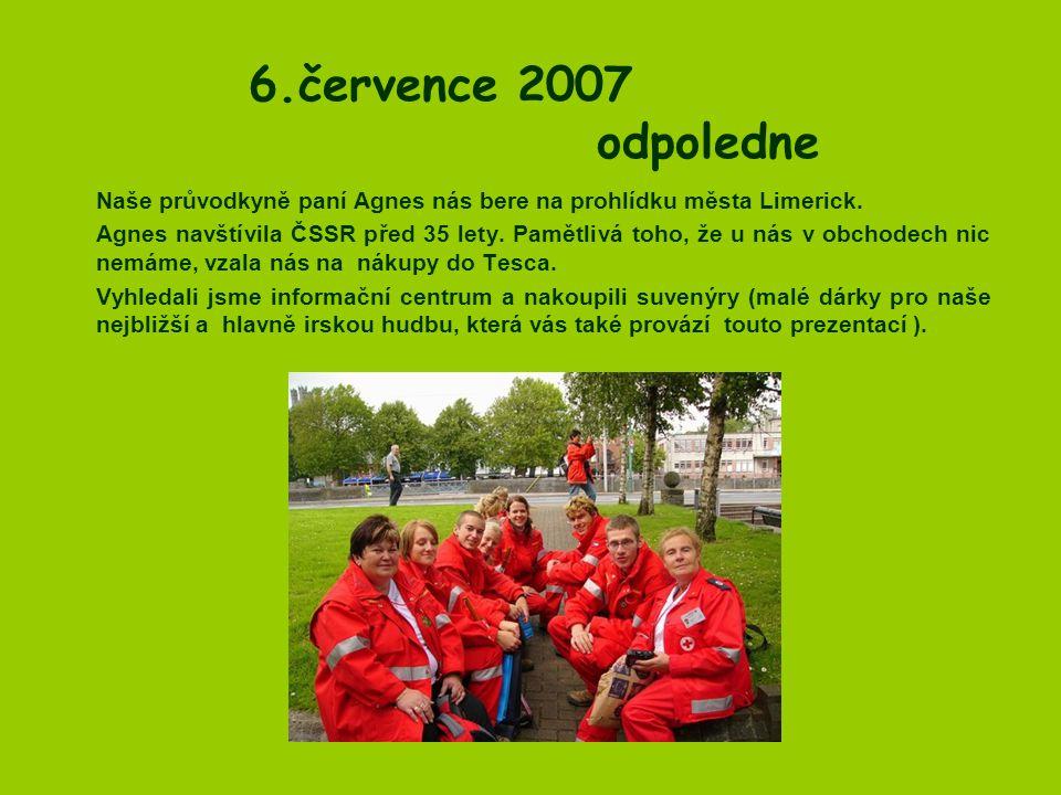 6.července 2007 odpoledne Naše průvodkyně paní Agnes nás bere na prohlídku města Limerick.