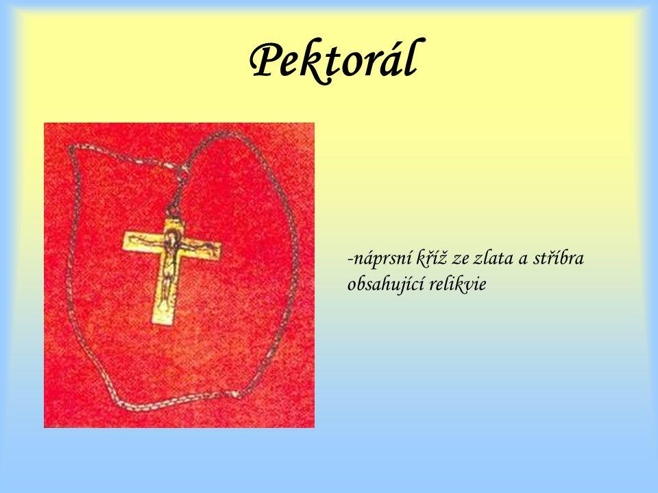Pektorál -náprsní kříž ze zlata a stříbra obsahující relikvie