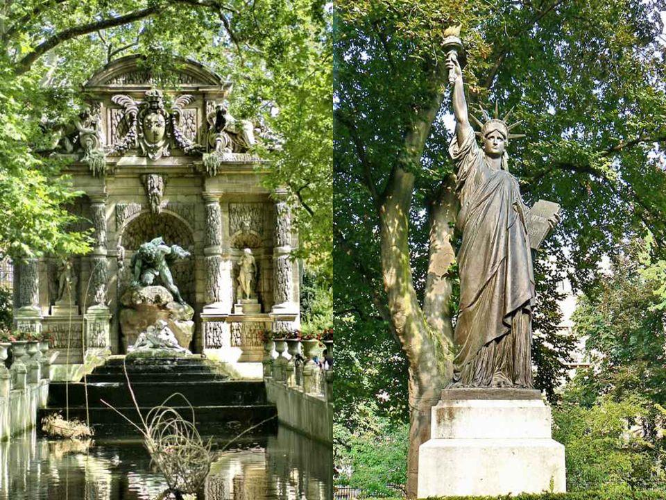 Nejslavnější fontánou je Fontaine de medicis, barokní kašna z roku 1624