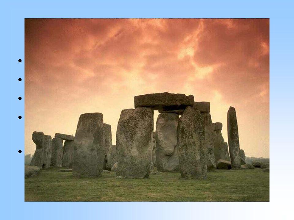 """Stonehenge Jižní Anglie Dokončeno přibližně 1400 BC Veliká záhada """"Zavěšený kámen nebo """"kamenná šibenice Archeologické nálezy"""