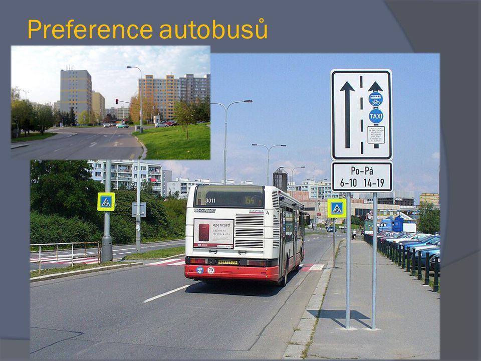 Preference autobusů …se zaměřením na stávající preferenční opatření na trase linky 213  Preference prostorová  Preference provozní