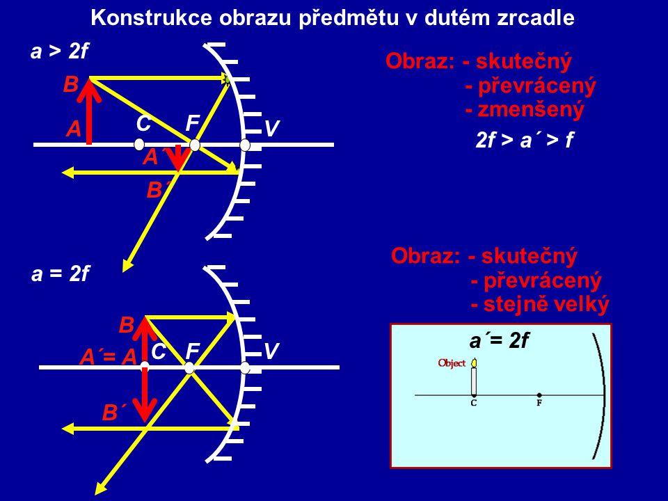 Znaménková dohoda : a, a´ – má kladnou hodnotu před zrcadlem (skutečný obraz), zápornou za ním (zdánlivý obraz) r,f – duté zrcadlo – kladné hodnoty – vypuklé zrcadlo – záporné hodnoty y, y´ - nad optickou osou - kladné hodnoty pod optickou osou – záporné hodnoty
