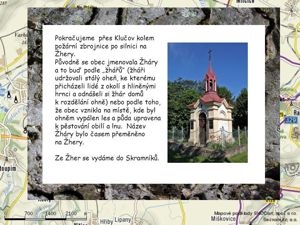 Začátek našeho výletu je v Klučově, kam se dostaneme například vlakem a můžeme si s sebou vzít i kolo. Vystoupíme na zastávce Klučov, která je na trat