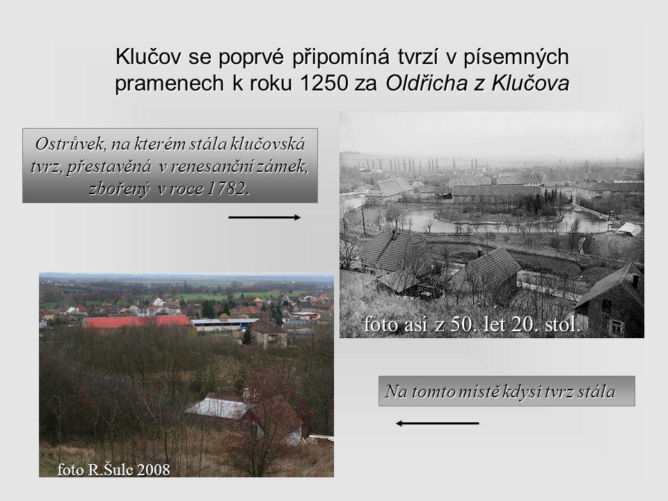Archeologický výzkum Výzkum jam po kůlech slovanské chaty Stavba silnice z Českého Brodu do Poříčan. Zde byla objevena sídliště z mladší doby kamenné,