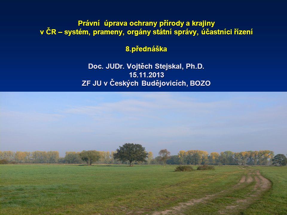 Do současného českého systému práva ochrany přírody (v úzkém pojetí), resp.biodiverzity patří: -Ochrana přírody a krajiny – zákon č.114/1992 Sb.