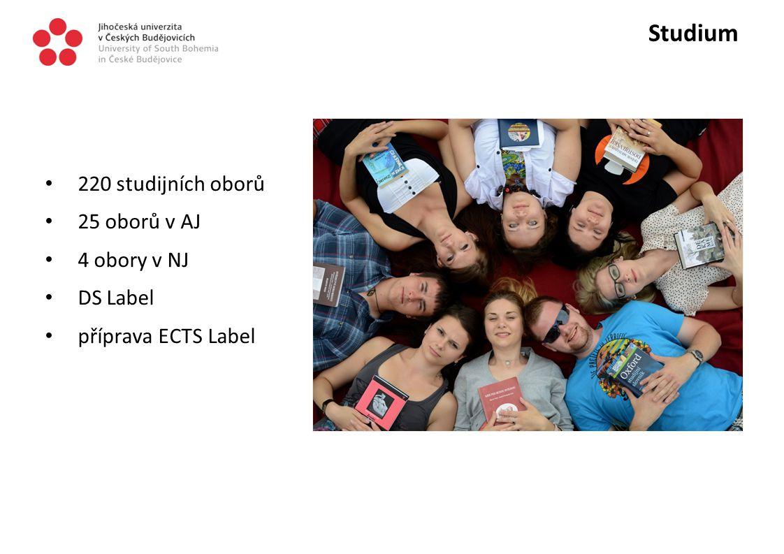 Studium 220 studijních oborů 25 oborů v AJ 4 obory v NJ DS Label příprava ECTS Label