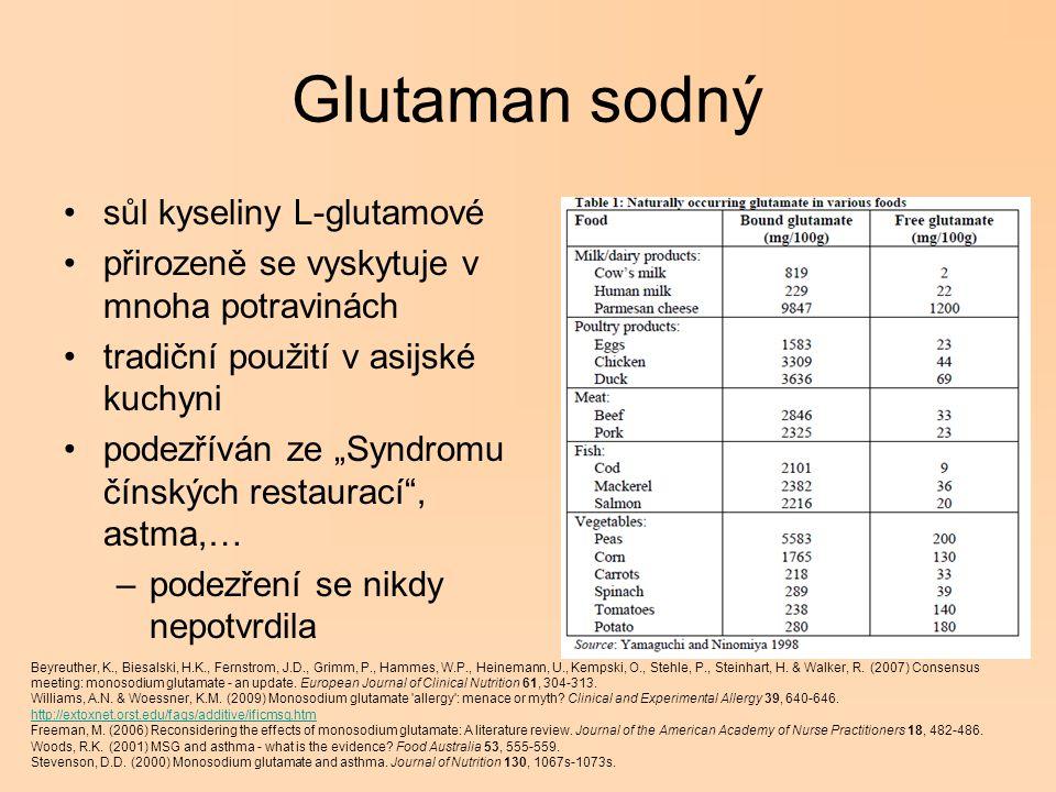 """Glutaman sodný sůl kyseliny L-glutamové přirozeně se vyskytuje v mnoha potravinách tradiční použití v asijské kuchyni podezříván ze """"Syndromu čínských"""