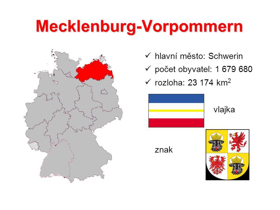 Mecklenburg-Vorpommern hlavní město: Schwerin počet obyvatel: 1 679 680 rozloha: 23 174 km 2 vlajka znak