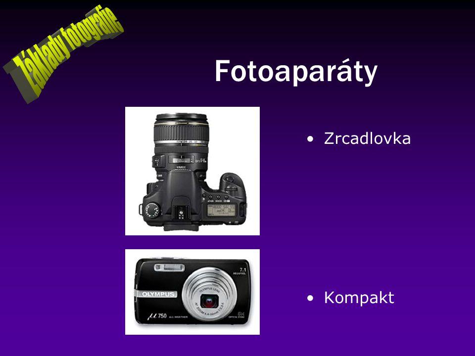 Fotoaparáty Zrcadlovka Kompakt