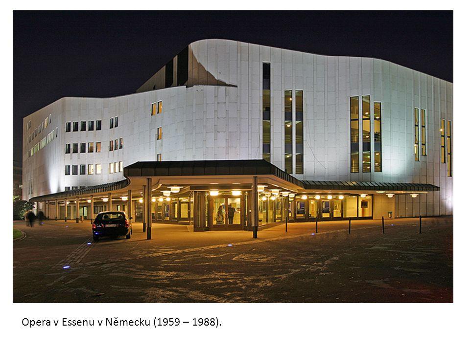 Dům kultury v Helsinkách (1952 – 1958).