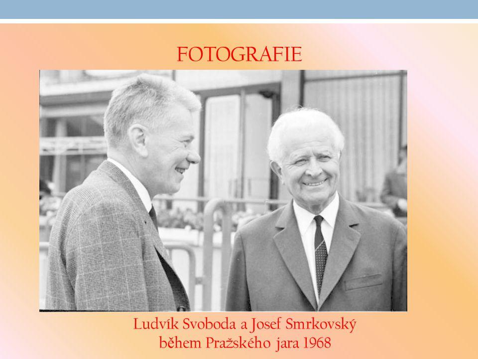 FOTOGRAFIE Ludvík Svoboda a Josef Smrkovský b ě hem Pražského jara 1968