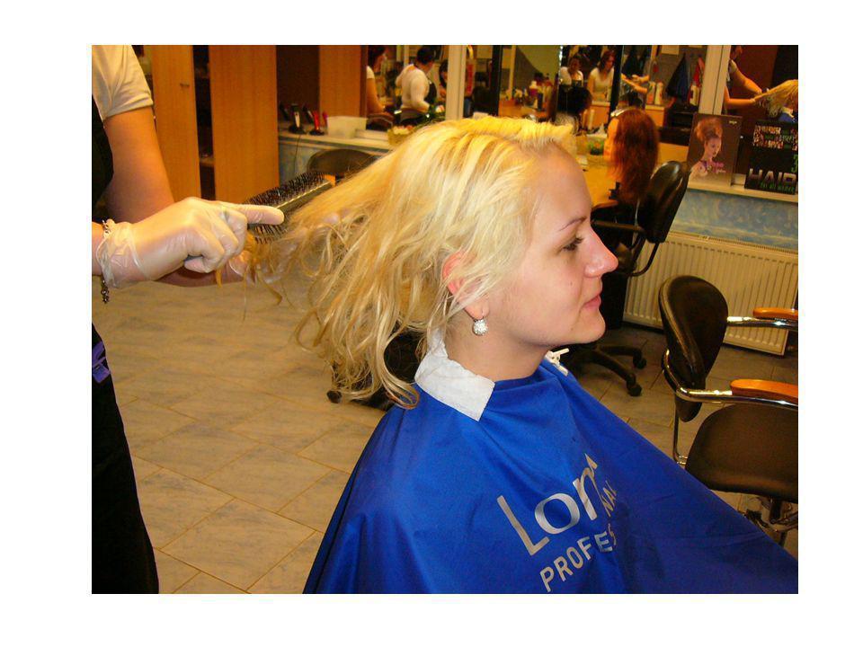 U vlasů je nutné dosáhnout stejný odstín Nutná kartotéka zákaznic ( značka použité barvy, odstín – čísly, koncentrace H2O2, množství barvy