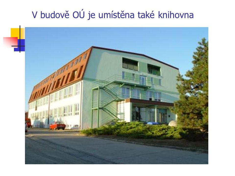V budově OÚ je umístěna také knihovna