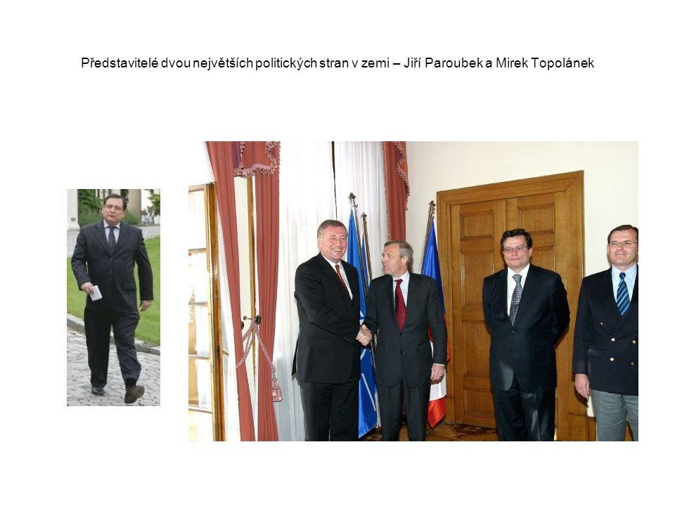Představitelé dvou největších politických stran v zemi – Jiří Paroubek a Mirek Topolánek