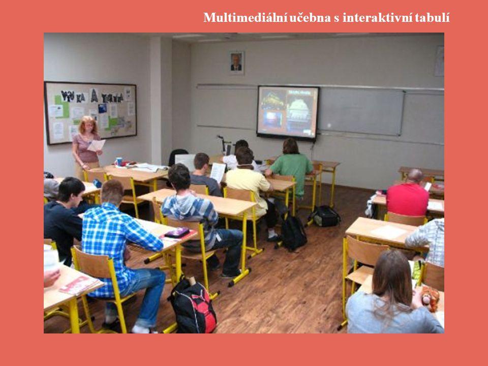 Multimediální učebna s interaktivní tabulí