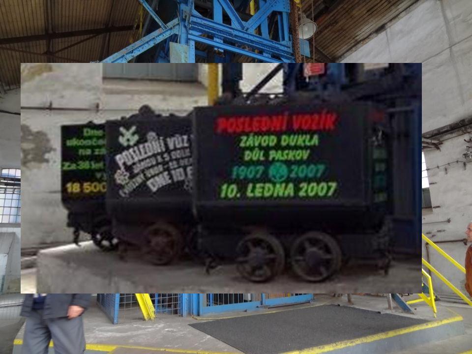 Na Landeku se začalo dobývat uhlí v roce 1782 v dole Anselm, dnes se zde již uhlí netěží, v jeho areálu bylo otevřeno Hornické muzeum, největší v ČR.