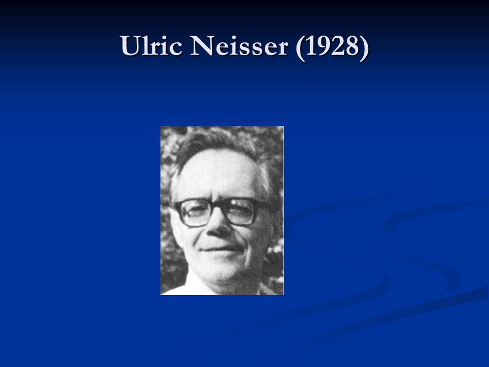 Noam Chomsky (1928) nejcitovanější vědec 80.a počátku 90.