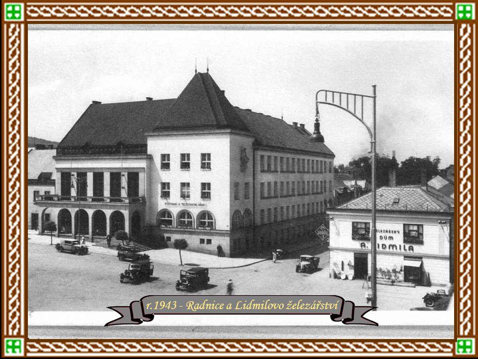 Zlín od roku 1940 po dočasnou proměnu na: Gottwaldov po dočasnou proměnu na: Gottwaldov Čtyřicátá létar.1940 – dnešní Štefánikova ulice r.1940 - Inter
