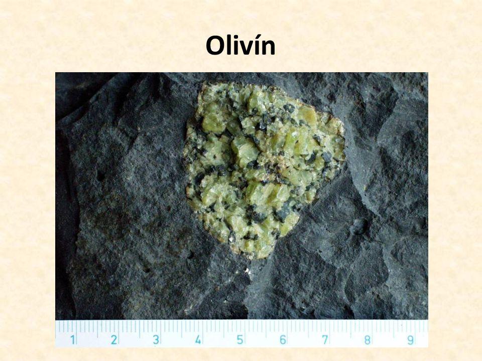 Olivín