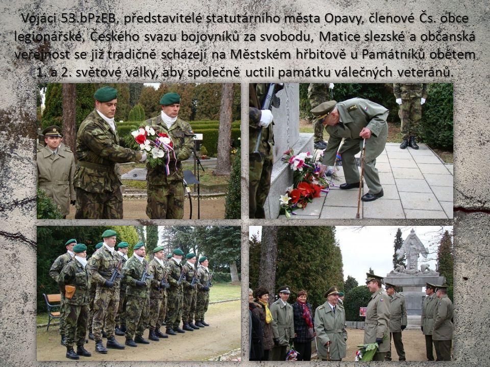 Vojáci 53.bPzEB, představitelé statutárního města Opavy, členové Čs.