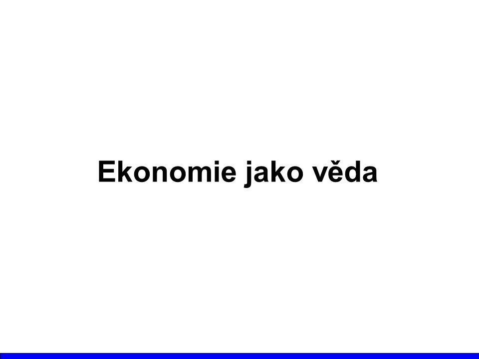 Charakteristiky ekonomické vědy Mikroekonomie - zkoumá ekonomické jevy z pohledu prvků hospodářství - domácností a jednotlivců; zkoumá svět abstrahovaných, ideálních jevů Makroekonomie- zkoumá ekonomické jevy z hlediska hospodářství jako celku, používá agregované veličiny; zkoumá svět skutečných jevů Hospodářství jako celek je možno plně pochopit pouze syntézou obou pohledů