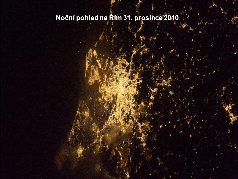 Karáčí v noci 30. prosince 2010