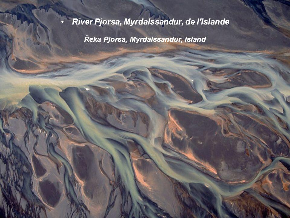 River Pjorsa, Myrdalssandur, de l Islande Řeka Pjorsa, Myrdalssandur, Island