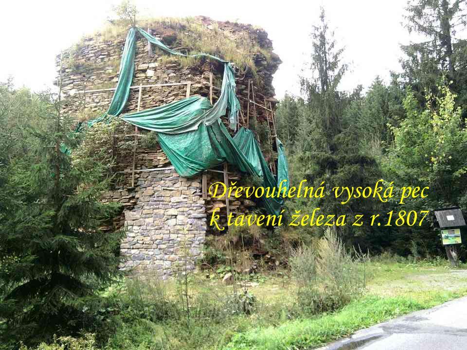 """Zřícený kostel sv.Marty v lese nad """"Horním Údolím"""" Naučná stezka """"Údolím lapků"""" z Drakova"""