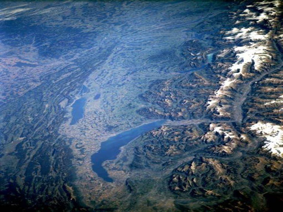 Švýcarská část Alp a okolí Ženevského jezera ►