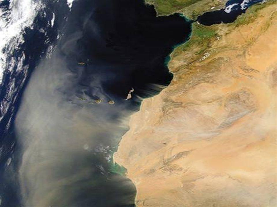 Pouštní bouře přechází z africké pevniny na Kanárske ostrovy ►