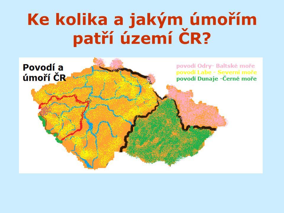 Ke kolika a jakým úmořím patří území ČR?