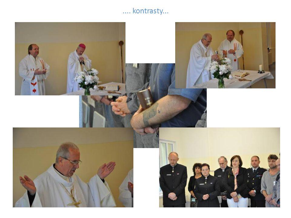 V závěru návštěvy došlo i k vysvěcení vězeňské modlitebny.