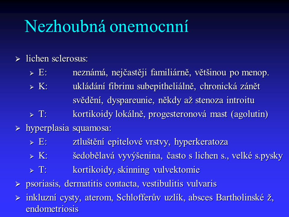 Kazuistika 2 Pacientka: 70 let Dg.: excize 15x10x5 mm, spinocelulární karcinom přesahující okraj excize, lokalizace pravé lábium, dosahuje téměř k uretře Operace:vulvektomie radikální s inguinofemorální LE Histologie:spinocelulární karcinom, dosahující 5 mm od okraje preparátu v oblasti klitoris (uretra!), 9 LU negativních Řešení:a) follow up b) chirurgická reoperace c) radioterapie.