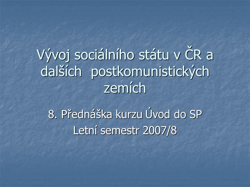 22 Český sociální stát Český stát veřejných sociálních služeb má po proběhlých změnách podobu kontinentálního, středoevropského, na povinném pojištění založeného, korporativního, výkon akceptujícího uspořádání.