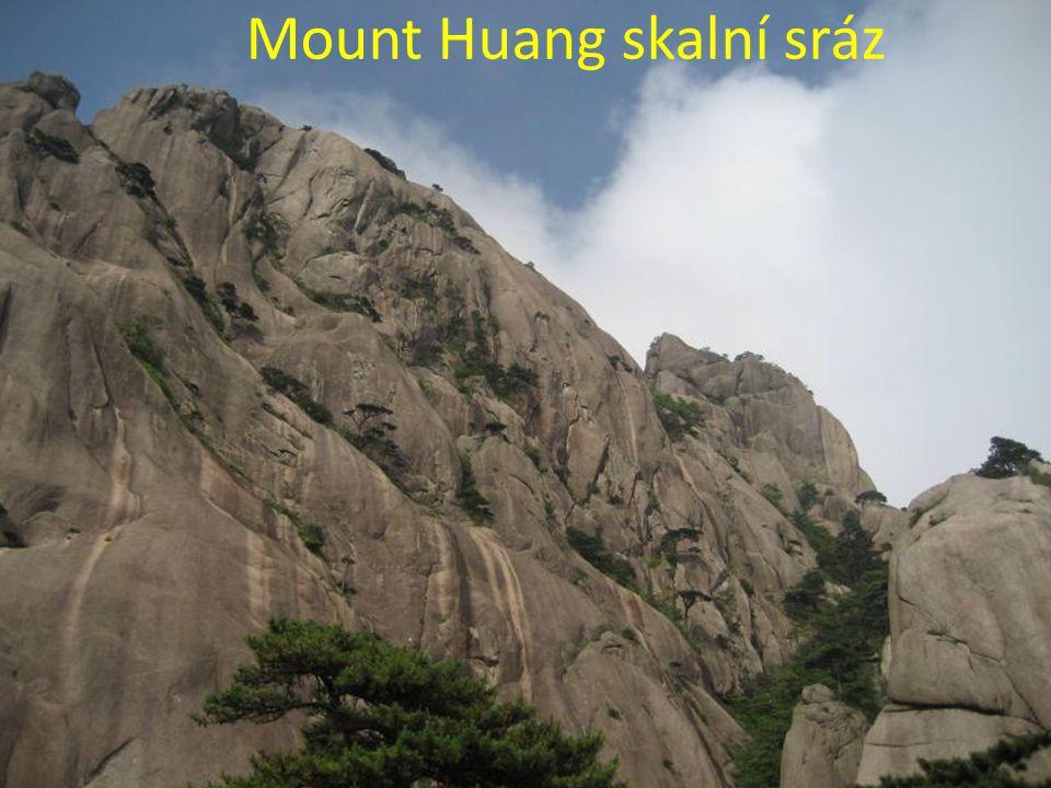 Mount Huang za soumraku, v blízkosti Guangming Peak