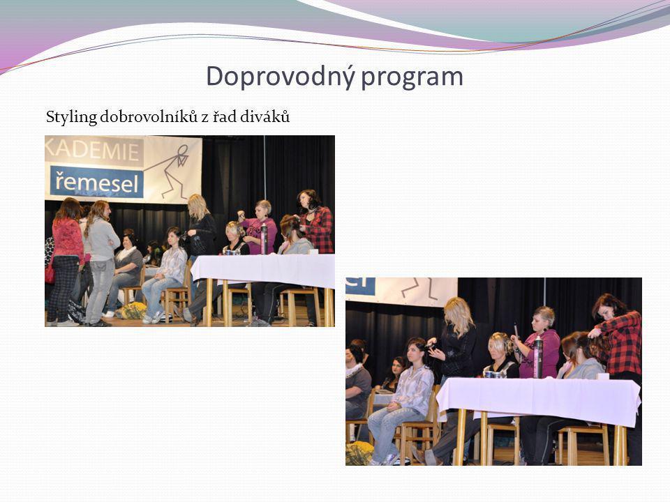 Doprovodný program Styling dobrovolníků z řad diváků