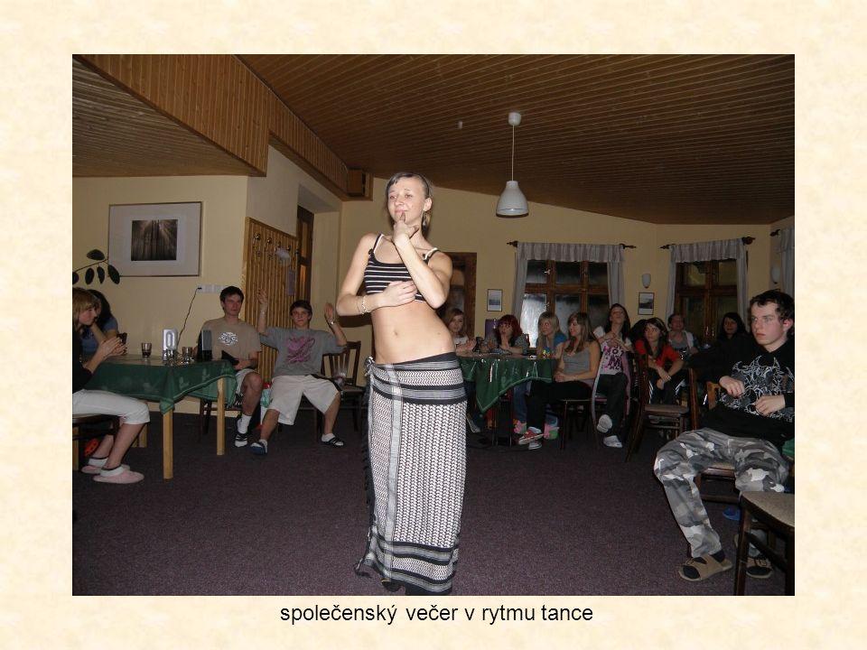 společenský večer v rytmu tance