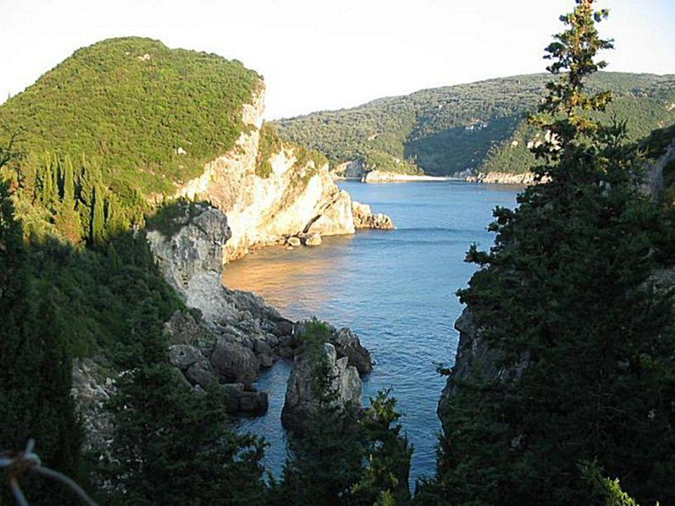 Korfu Ostrov Korfu je největším ze souostroví zvaném Jónské ostrovy.