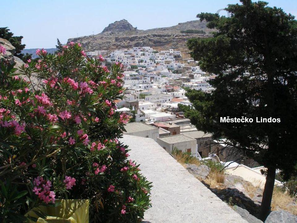 Ostrov Rodos je pro svou geografickou polohu nazýván ostrovem slunce a pro rozsáhlé pěstování růží též růžový ostrov