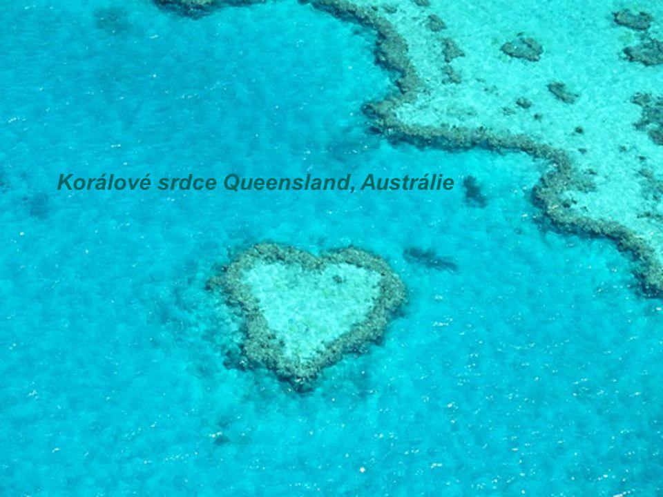 Korálové srdce Queensland, Austrálie