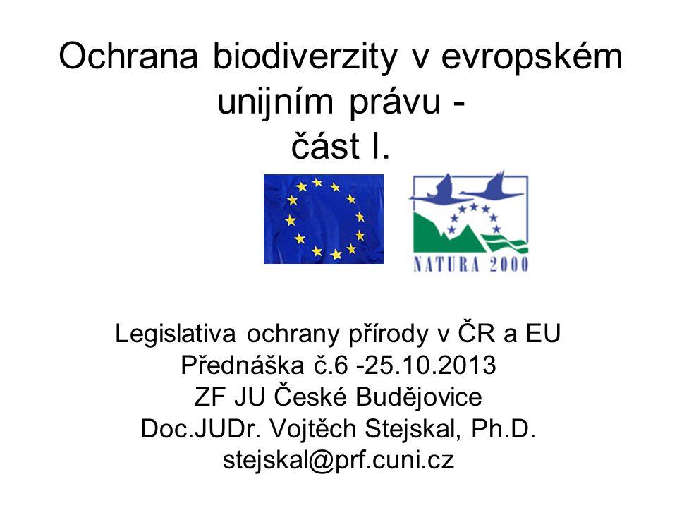 2 Institucionální organizace v EU Evropská rada – nejvyšší orgán EU, čl.4 Maastrichtské smlouvy Rada EU – hlavní zákonodárný orgán, čl.192 SoFEU Evropský parlament – legislativa, rozpočet –Výbor pro ŽP, veřejné zdraví a bezpečnost potravin Evropská komise – výkonný orgán, 28 komisařů - DG XI.