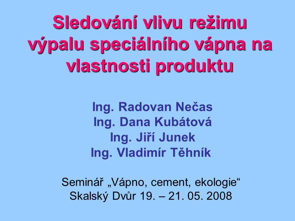 Sinusový nebo jinak periodický signál.Výhody - soustava se nevychýlí z pracovního bodu.