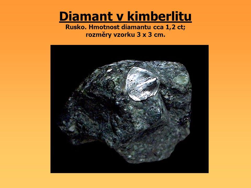 Sádrovec Německo; velikost krystalu 3 cm.