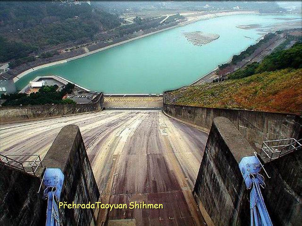 Hromady soli v Tainan Chigu