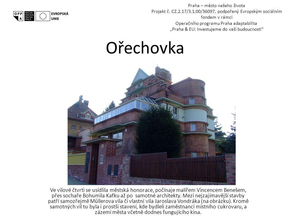 Pohledy z Ořechovky Exkurzi jsme zakončili pohledem na hotel Praha, nyní už historickým.